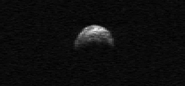 Un asteroide como un portaaviones rozará la Tierra el 8 de noviembre