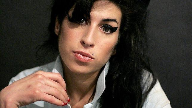El álbum póstumo de Amy Winehouse saldrá a la venta en diciembre