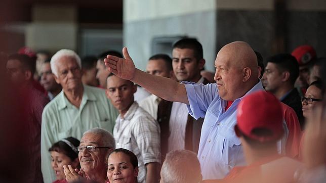 El gobierno venezolano aprueba la «paga de chavidad» para funcionarios