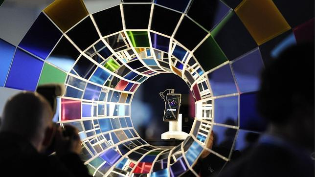 Los móviles amenazan el reinado del PC... y de la web