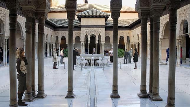 El Patio de los Leones de la Alhambra de Granada se reabrirá en 2012