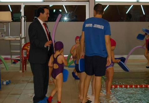 Quintanar abre su piscina cubierta a los pueblos de la zona