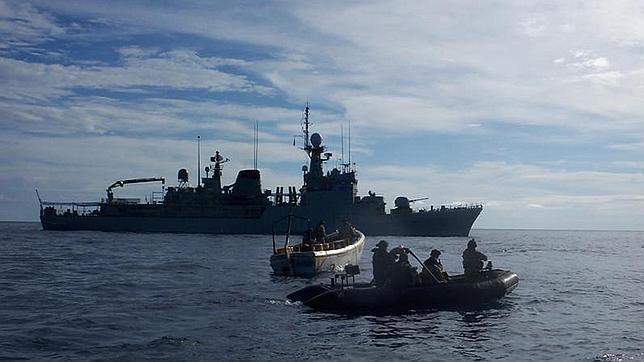 El «Infanta Cristina» libera a un pesquero de Comores retenido por piratas somalíes