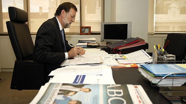 PP | Mariano Rajoy realiza llamadas a distintos partidos en busca de conseguir apoyos para la formación de un Gobierno estable Rajoy-abc--644x362