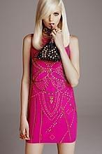 De la caída de John Galliano a Donatella Versace para H&M: los momentazos «fashion» del año