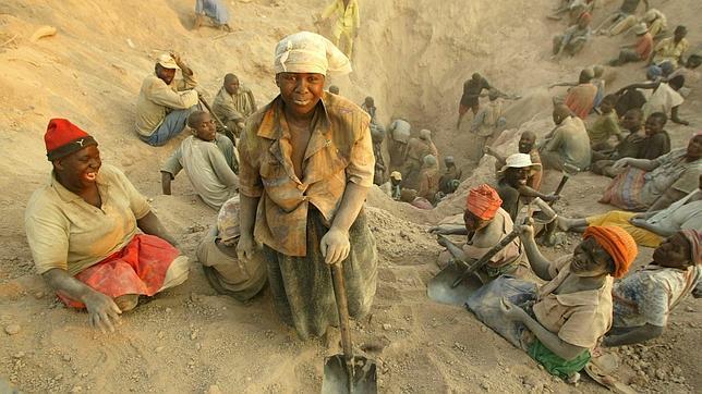 http://www.abc.es/Media/201112/05/mina-marange-zimbabue--644x362.jpg