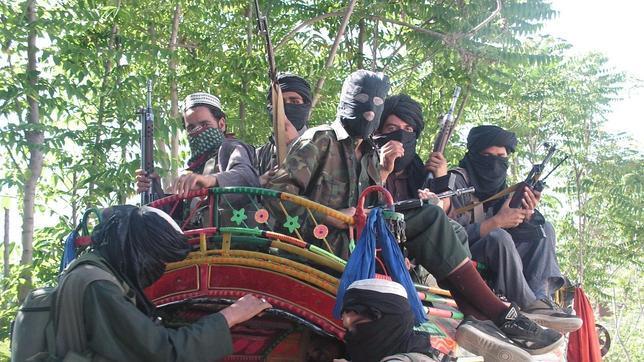 Los talibanes negocian con Pakistán