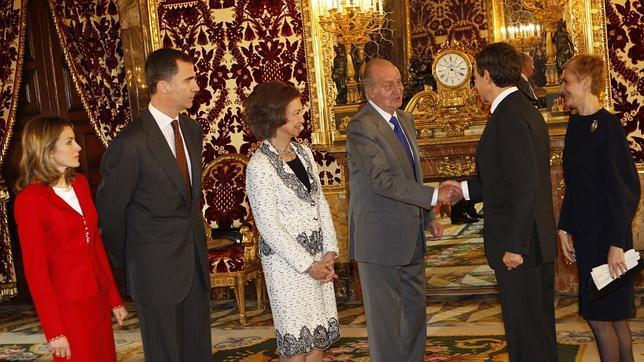 http://www.abc.es/Media/201112/13/rey1wefwr--644x362.JPG