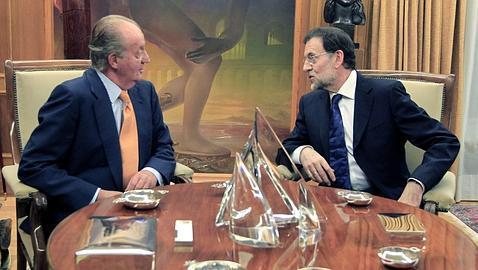 El Rey junto con Mariano Rajoy