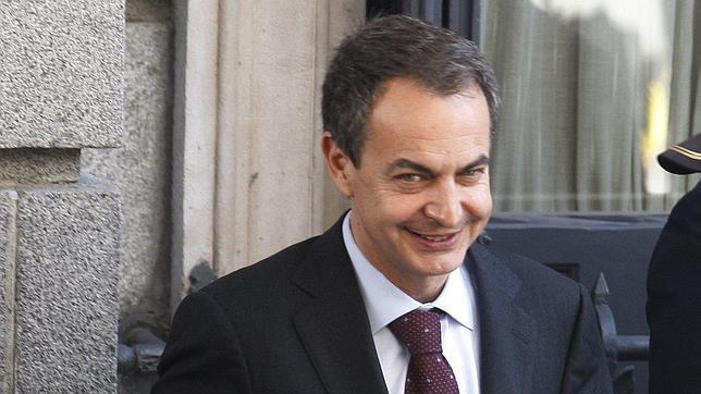 Zapatero manifiesta al Consejo de Estado su deseo de incorporarse ya