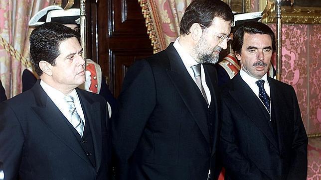 El ministro del interior en 2002 mariano rajoy junto al for Nombre del ministro del interior actual