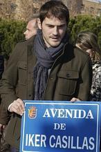 Móstoles inaugura la avenida Iker Casillas