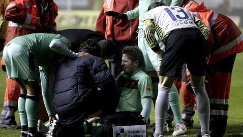 Andreu Fontás, lesionado tras romperse el ligamento cruzado de la rodllla derecha