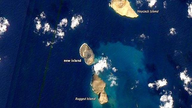 Surge una nueva isla en el Mar Rojo Volcanic%20new-island--644x362