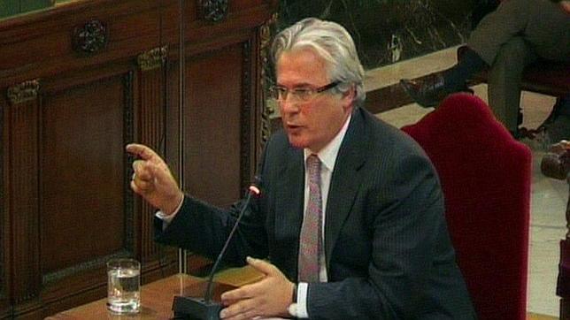 Paul Preston: «El nuevo juicio a Garzón deja en ridículo a la Justicia española»