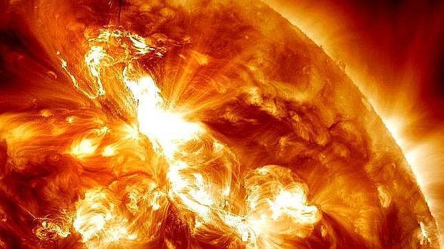 Una poderosa tormenta solar se acerca hoy a la Tierra