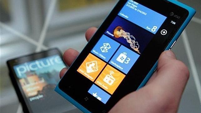 El Nokia Lumia 910 puede llegar a Europa en mayo - ABC.es