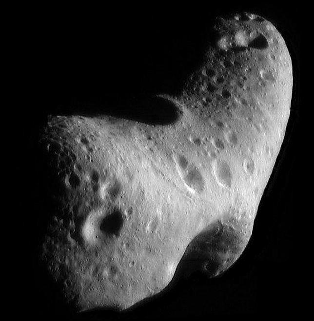 Un gigantesco asteroide se acerca mañana a la Tierra