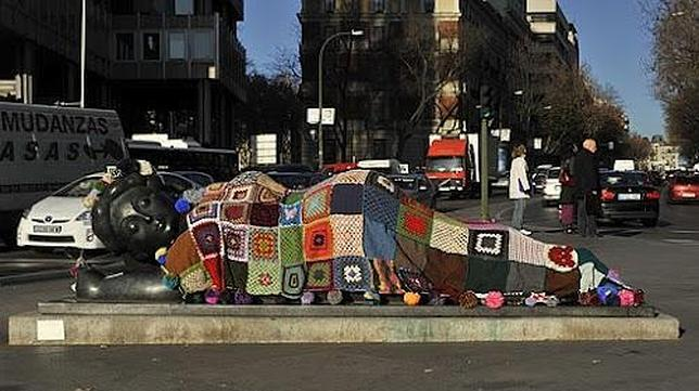 «Yarn Bombing», o el arte hecho de lana