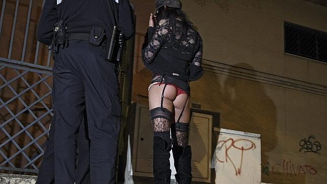 prostitutas callejeras en sevilla prostitutas alquiler