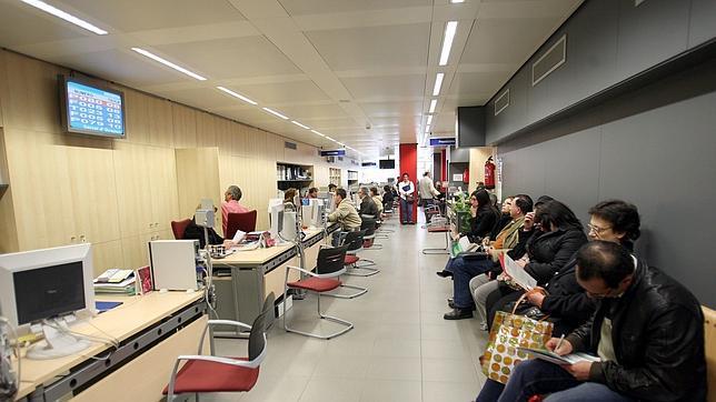 Pr cticas en empresas para 600 j venes parados for Oficina adecco madrid