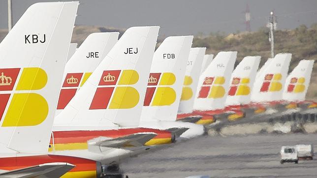 Iberia cancela 121 vuelos este lunes por la huelga