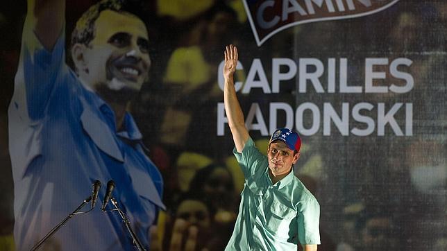 Conflicto interno Español - Página 6 Capriles-afp-celebracion--644x362