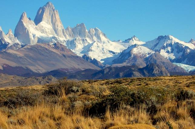 --Montañas-- Los_truenos_del_Perito_Moreno_flickr_LeticiaGaidon_montanosa-7028--644x428