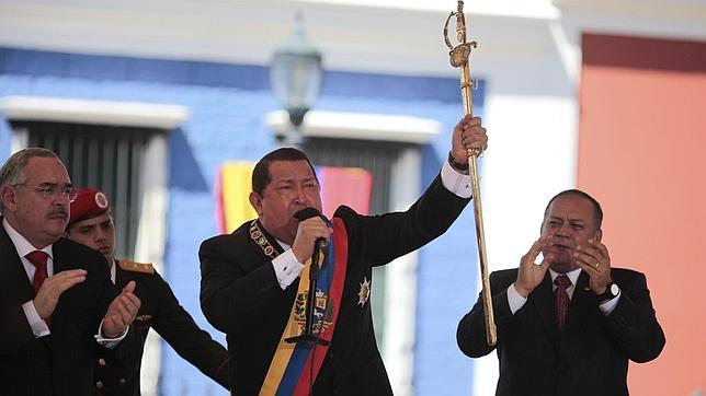 Chávez descalifica a Capriles, su rival opositor