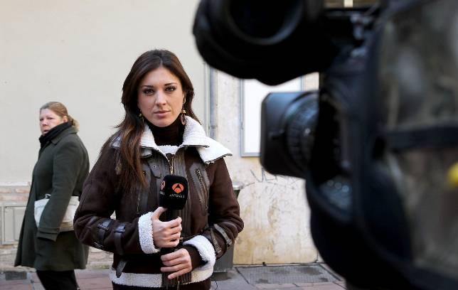 Desir garc a escribano lleva cinco a os trabajando en el for Antena 3 espejo publico hoy