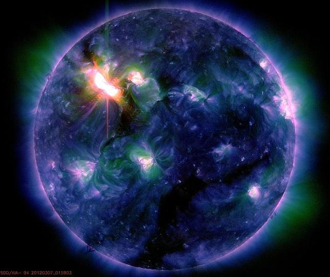 El Sol lanza trece enormes llamaradas en solo 48 horas