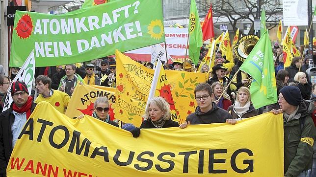La energía nuclear divide Europa un año después de Fukushima