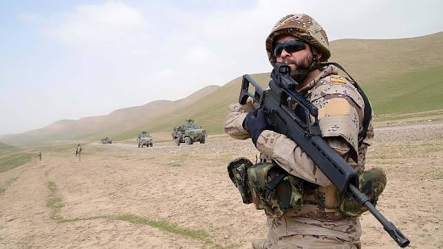 España deja paso al Ejército afgano