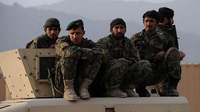 Los afganos se quedan solos