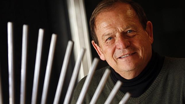 Ken Nealson: «Estoy convencido de que hay vida fuera de la Tierra»