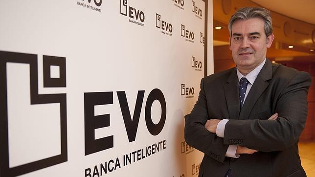 Abelleira hab a que lanzar evo banco cerrar oficinas y for Oficinas evobanco