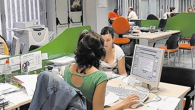 La crisis eleva 40 puntos el presentismo laboral en for Oficinas randstad madrid