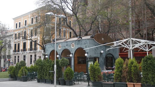 El Histórico Café Gijón A Un Paso De La Venta