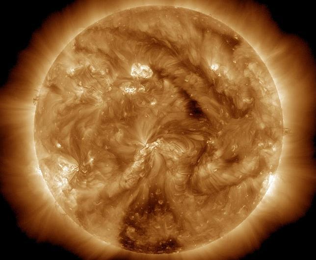 La peligrosa mancha solar 1429 vuelve a apuntar a la Tierra