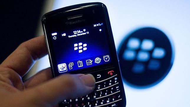 Blackberry reconoce su crisis y renuncia a competir con iPhone y Android