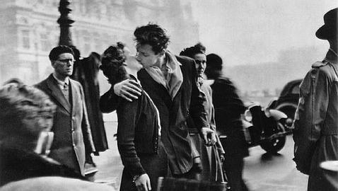 La fotografía de Robert Doisneau, homenajeada con un «doodle» de Google