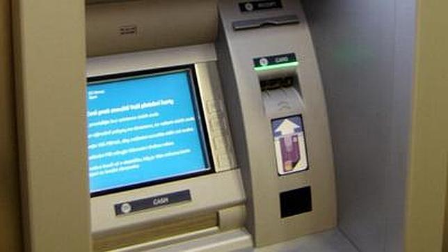 Las tarjetas de crédito dejan paso a las huellas dactilares