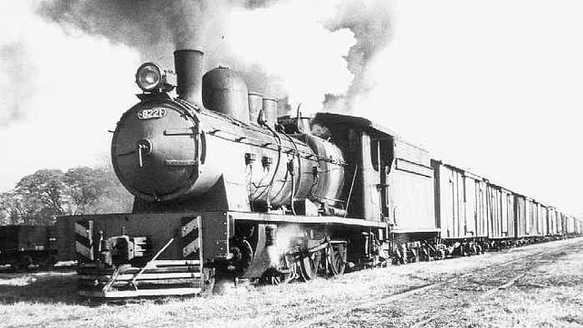¿Por qué el ferrocarril español tiene un ancho de vía distinto?