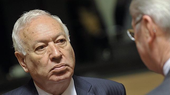 Margallo: «Habrá acciones contra Argentina por depreciar artificialmente la acción de YPF»