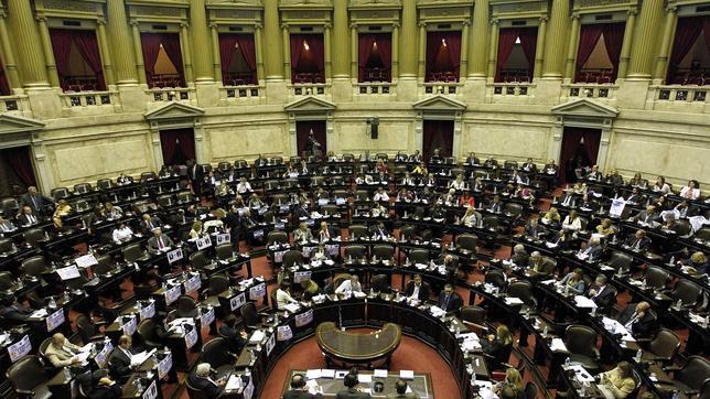 Calendario 1976 Argentina.Argentina Aprueba La Ley De Identidad De Genero Para Los