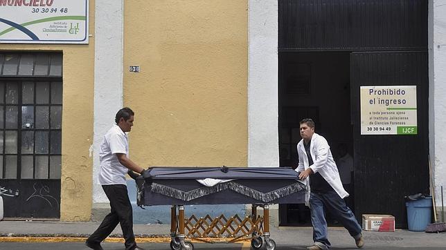 Encuentran 18 cadáveres mutilados junto a la ciudad mexicana de