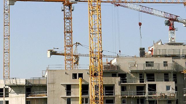 Las grandes constructoras huyen al extranjero - Constructoras en tenerife ...
