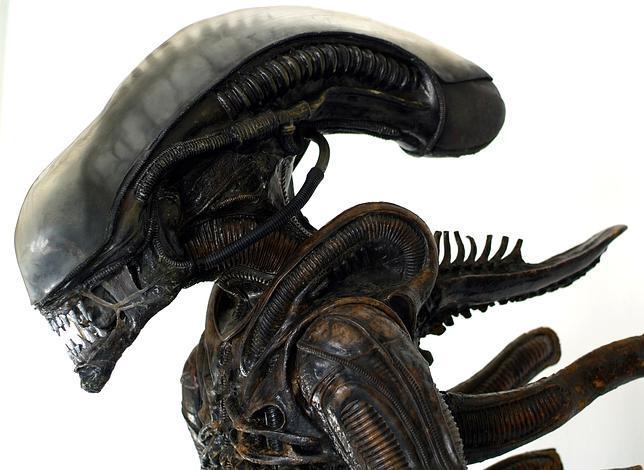 Científicos que buscan extraterrestres, contra Hollywood