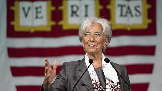 Christine Lagarde matiza en Facebook sus críticas a Grecia