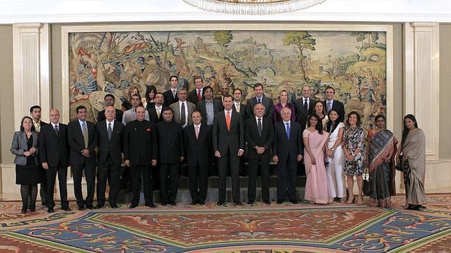 Don Felipe, con los «Futuros Líderes Indios»